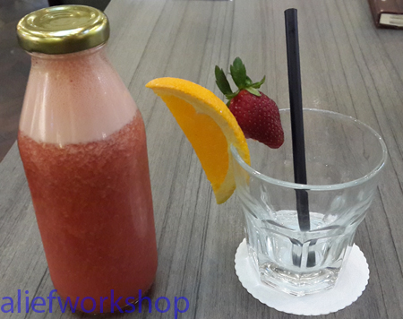 Strawberry & Orange Juice